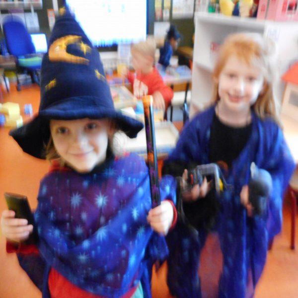 3KB : Heksen en Tovenaars