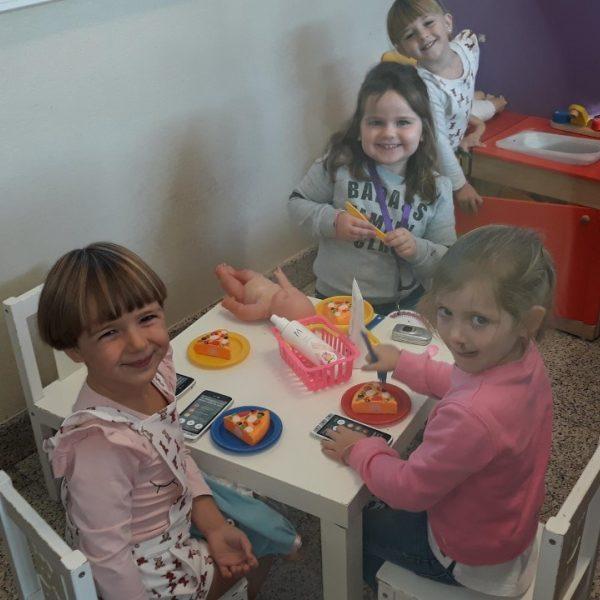 Uiltjesklas: Feest in de klas!